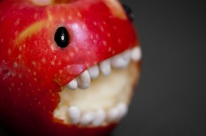 apple-bite