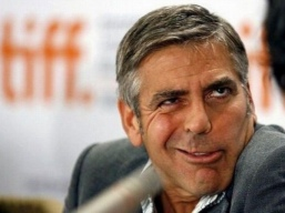 do-celebrities-make-stupid-faces-180194414-may-14-2013-1-600x450